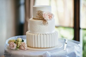 Tips on buying cakes online