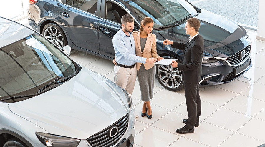 Tips on renting a car online when visiting Dubai