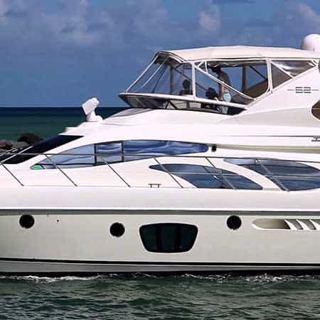 Book a luxury yacht for your family get together